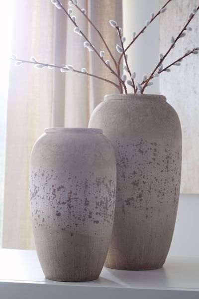 Picture of Dimitra Cream 2PC Vase Set