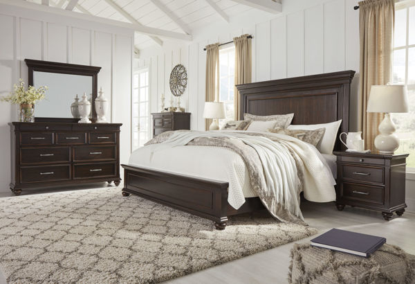 Picture of Brynhurst - Brown Queen Panel Bed