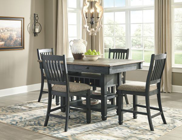 Picture of Tyler Creek - Pub Table W/ 4 Barstools
